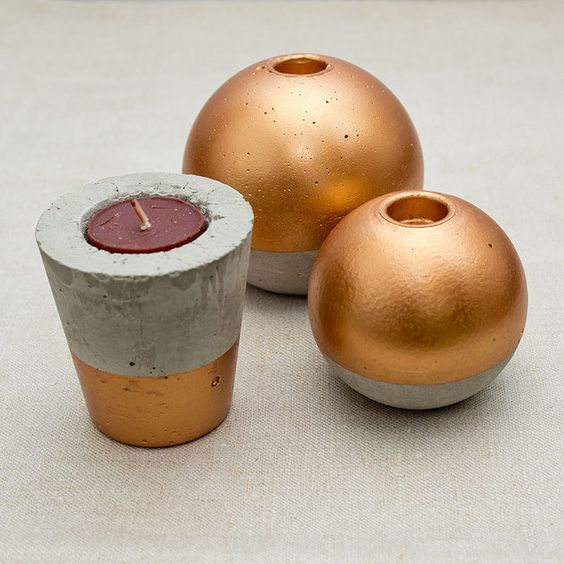 kerzenst nder kugel aus beton mit goldllack concrete candle holder with gold by noz design. Black Bedroom Furniture Sets. Home Design Ideas