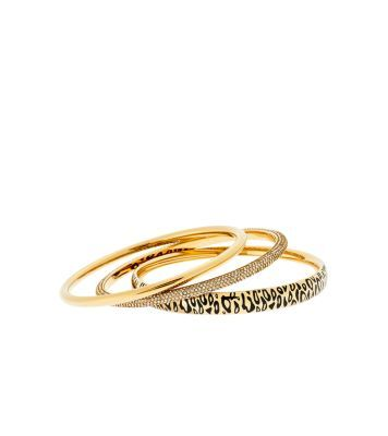 Go out with a bangle.