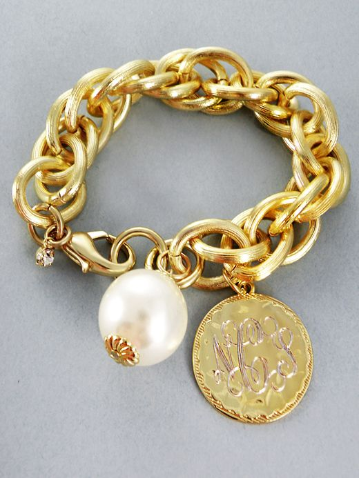 Full Southern: gold link bracelet with monogram & pearl. Adore.