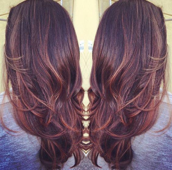 Coiffures, Cheveux, Cheveux Acajou Avec Des Reflets, Balayage Highlights, Dooos Pileux, Coupe De Cheveux, Cheveux Digne, Stylz Cheveux, Poils Colorés