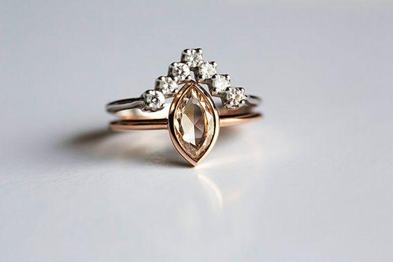 Moderner Diamant-Hochzeit einzigartige Ring Set von MinimalVS