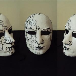 Cómo hacer máscaras con papel maché