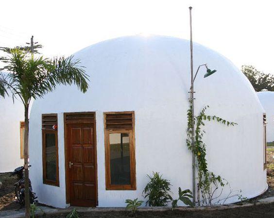 Teeny Tiny 'monolithic' Dome Home.: