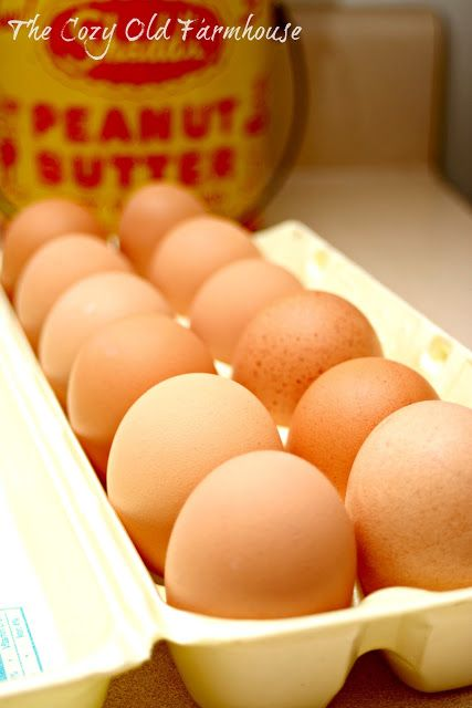 """The Cozy Old """"Farmhouse"""": Perfectly Boiled and Easy to Peel Eggs"""