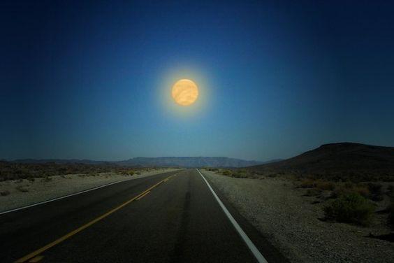 ¿Cómo se vería el cielo si los planetas del Sistema Solar estuvieran tan cerca como lo está la Luna?