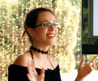 Claudia Regina defende que as pessoas devem ter sua própria noção do que é ou não essencial. Foto: Arquivo Pessoal