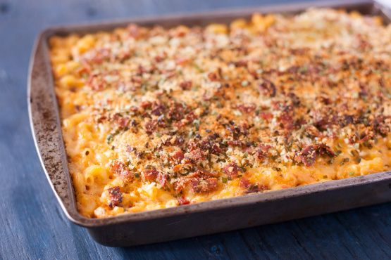 Chipotle Chicken Mac And Cheese With Bacon Bread Crumbs Rsc