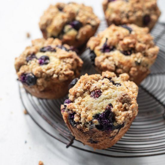 Pin By Kdragon On Muffins In 2020 Muffin Recipes Blueberry Buttermilk Blueberry Muffins Streusel Topping For Muffins