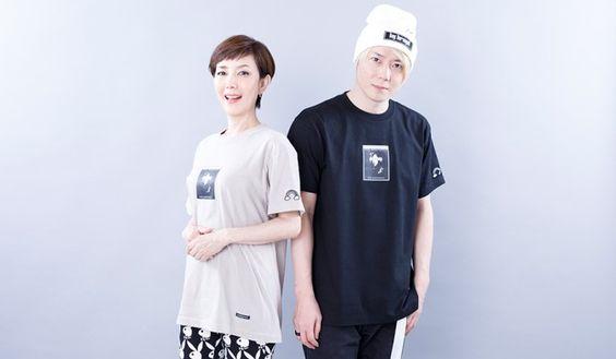 コラボTシャツを着る戸田恵子