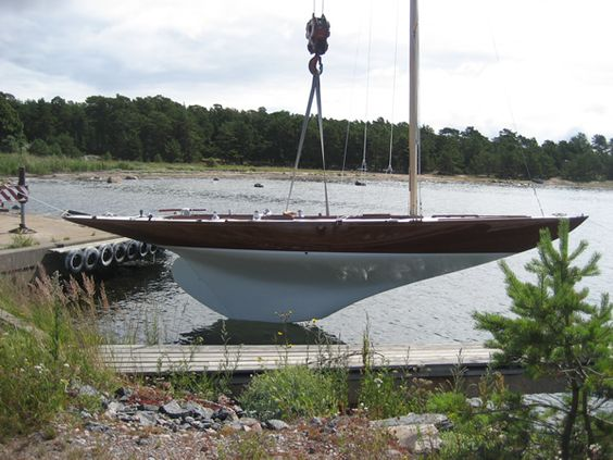 6mR - Woodwind Yachts, Classic Wooden Boat Restoration, Repairs, Sales