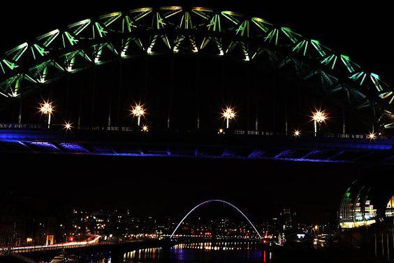 Ponte Gateshead Millenium Inglaterra Feita De Um Par De Arcos De