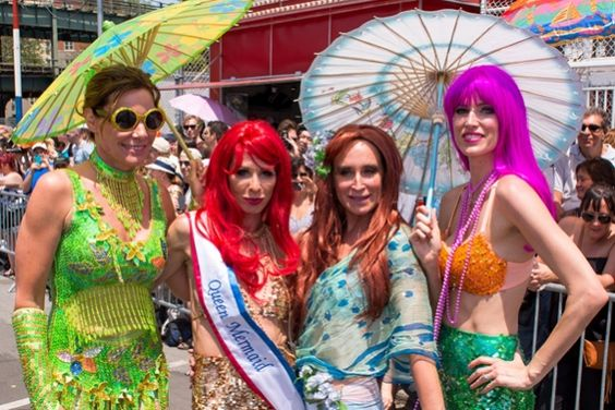 RECAPS: The Real Housewives of New York and the Mermaids of Coney Island