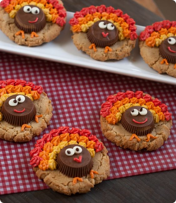 Thanksgiving Cookie Crafts: Peanut Butter Cup Turkey Cookies