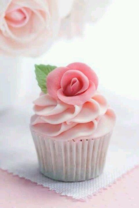 Pretty Pink Cupcake