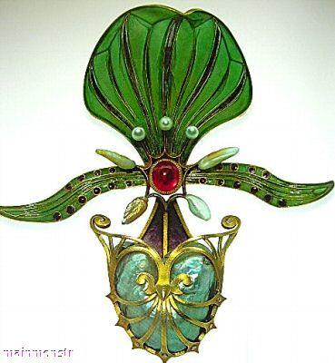 Georges Fouquet Art Nouveau Gold Enamel Diamond Orchid Pin: