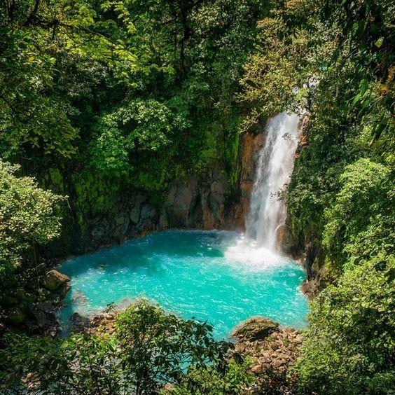 Rio Celeste, Alajuela Province, Costa Rica - Bright turqoise water...: