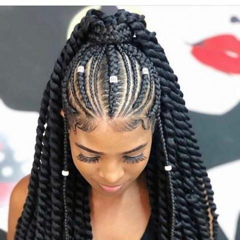 Cheveux Afros Les Plus Belles Coiffures A Realiser Belle Coiffure Idee Coiffure Cheveux Crepus Cheveux Afro