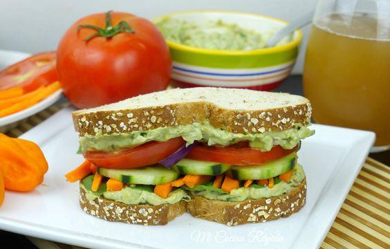 ¡Hola! En ésta ocasión te voy a compartir uno de los sándwiches que más me gusta preparar: Sándwich de Vegetales. Desde la primer mordida super que sería unos de mis favoritos.   #PruebaElSaborDeKnorr #ad