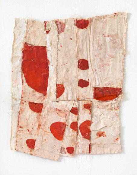 Red and white. Fundamentally bloody. julianminima:  Sati Zech