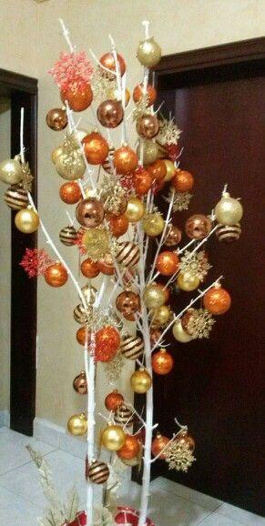 Arbol de navidad pintar una rama seca decorar con - Arbol de navidad con ramas ...