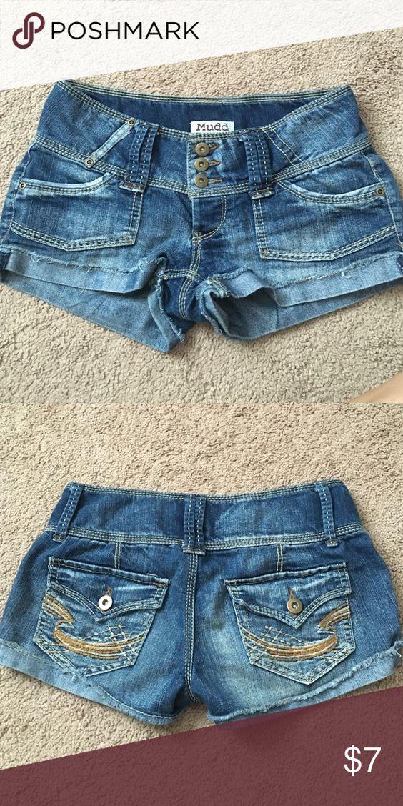 Jean Mudd shorts Adorable Mudd short Jean shorts. Very cozy Mudd Shorts Jean Shorts