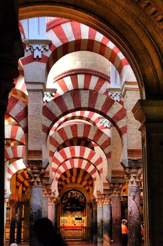 Mezquita and the Great Mosque of Córdoba. Cordoba, Spain. 784  viajes  Pint...