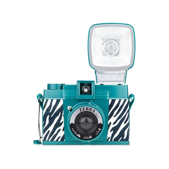 Kolorowe aparaty Lomography na Walentynki ❤ liked on Polyvore featuring fillers