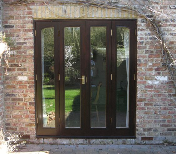 Bi fold patio doors house makeover ideas to mull over for Sliding carriage doors