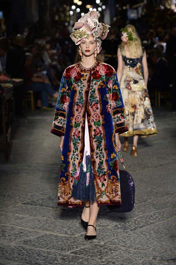 Dolce-Gabbana-Alta-Moda-Fall-2016-Collection-Haute-Couture-Tom-Lorenzo-Site (4)