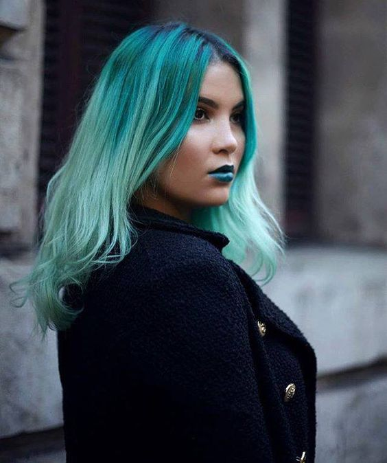 Kimlyn MakeupHair is rocking Enchanted Forest hair color AND lipstick in this gorgeous shot by TeganSmithPhotography. Hair by IG's @tserfontein!