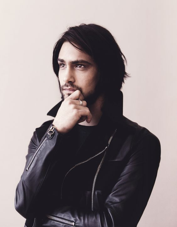Luke Pasqualino - Young, but looks damn in leather wielding a sword (Musketeers)