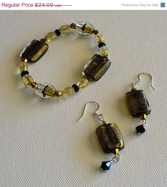 Save 50 off Black and Gold Beaded Bracelet with by sparetimejewels, $12.00