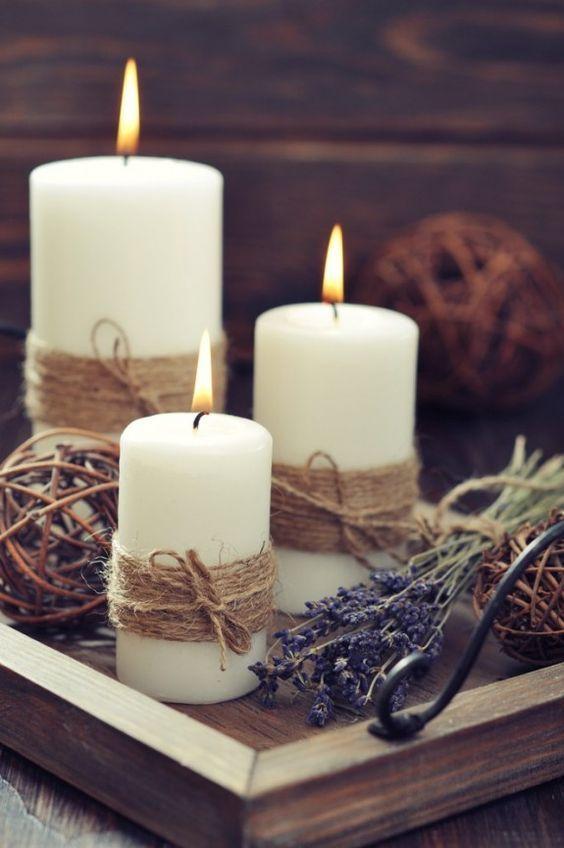Kerzen kann man auch selbst dekorieren, wie hier mit einem natürlichen Band.: (Diy Geschenke Glas)