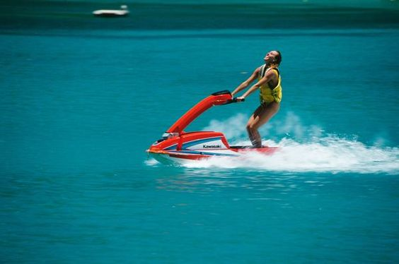 Places to Jet Ski in Southern California. I have ALWAYS WANTED to Jet Ski. It looks extremely fun.