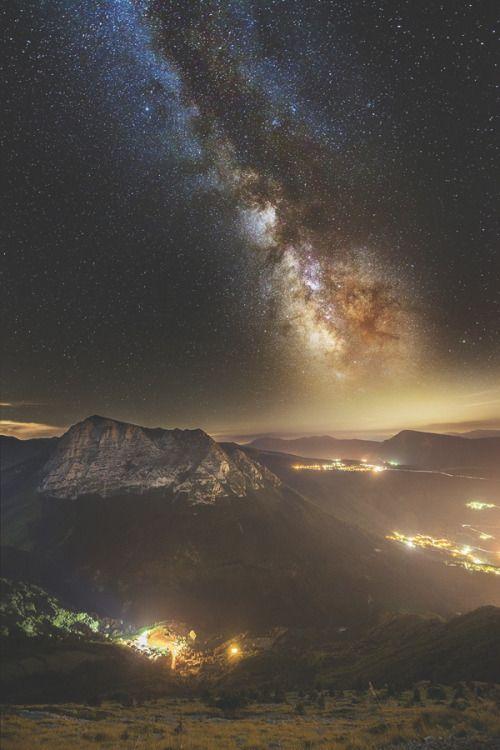 Ikwt Bove Milky Way Over Light Country Luca Cruciani Ikwt 風景 綺麗な景色 自然の写真