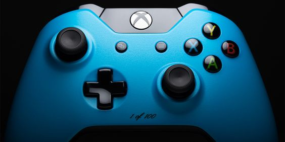 ColorWare Custom ColorWare Collection Xbox One Controller Glow