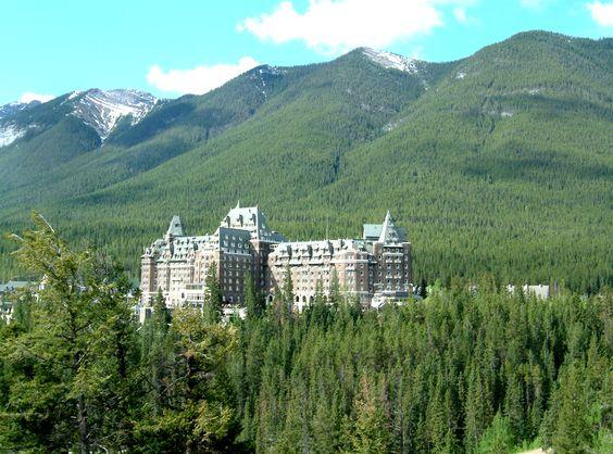 Fairmont Banff Springs Hotel , beautiful hotel
