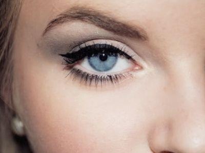 7 Eye Make-Up Tricks for Blue Eyes