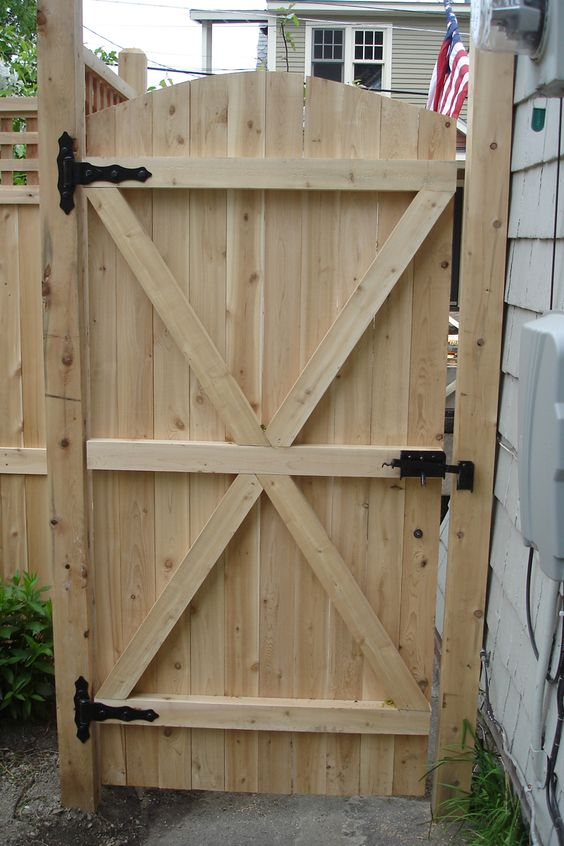 Exterior Decorating Charming Fence Gate Designs To Take Into Protect Your Ho