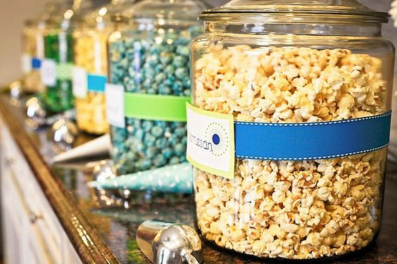 popcorn bar - fill my big jars like this of different homemade popcorn recipes.. take home favors