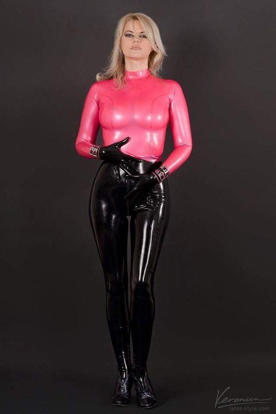 Ruby Leila Fan Of Latex Models : Photo