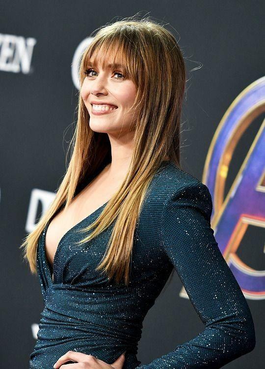 Elizabeth Olsen S Top Celebrity Profile In 2020 Elizabeth Olsen Olsen Prettiest Actresses