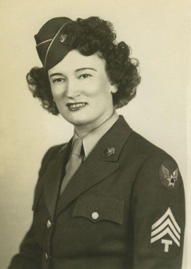 Air WAC, Dora Feinbloom. Gift of Arlene Hanauer, The National WWII Museum, 2011.514.