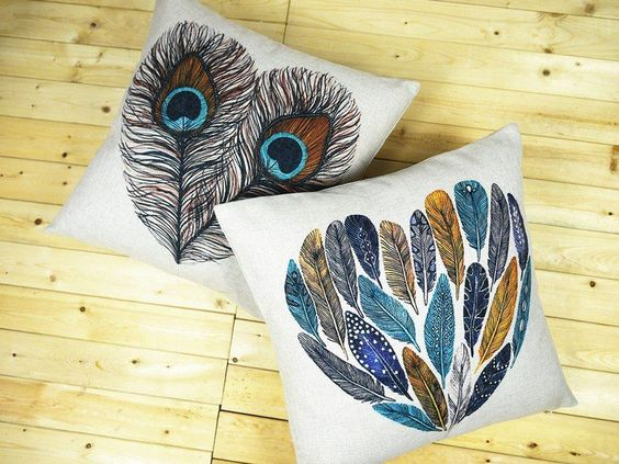 Multi-coloured heart shape bird peacock feather Cushion Cover throw pillow Case