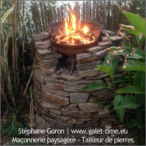 Barbecue en pierre de la garrigue de Valbonne (06). Création Stéphane Goron | http://www.galet-time.eu