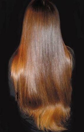 Castano ramato, capello lungo liscio