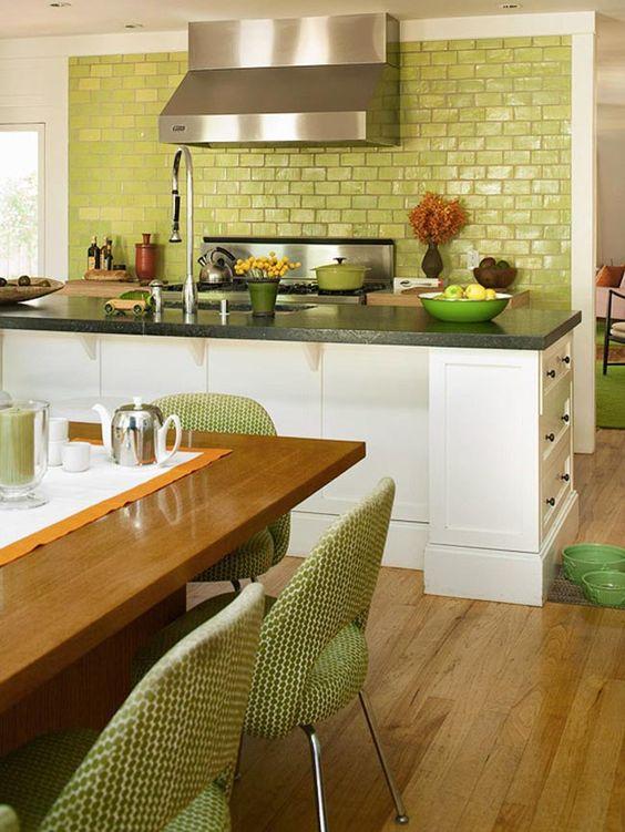 8 cocinas con azulejos verdes esmaltados 8 green tiled for Decoracion de azulejos