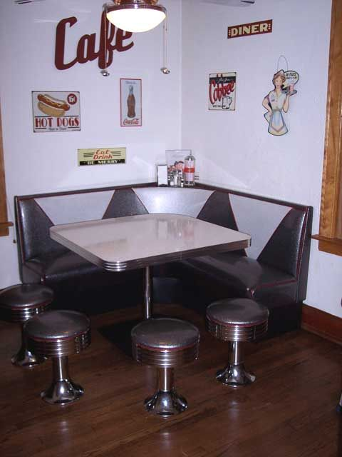 We Have A Brown Diner Booth In Our Kitchen Not So 50 S