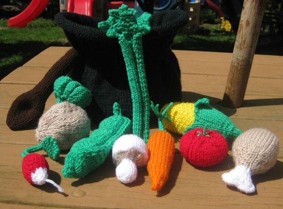 Kids Toys play food Veggies and Chicken hand by cozyknitsforyou, $95.00