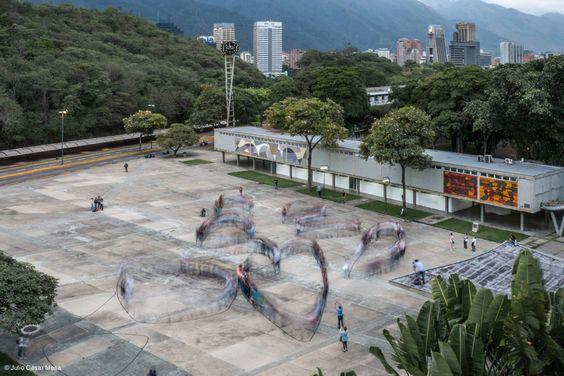 "Intervenção ""Translaciones"", por Proyecto Colectivo"